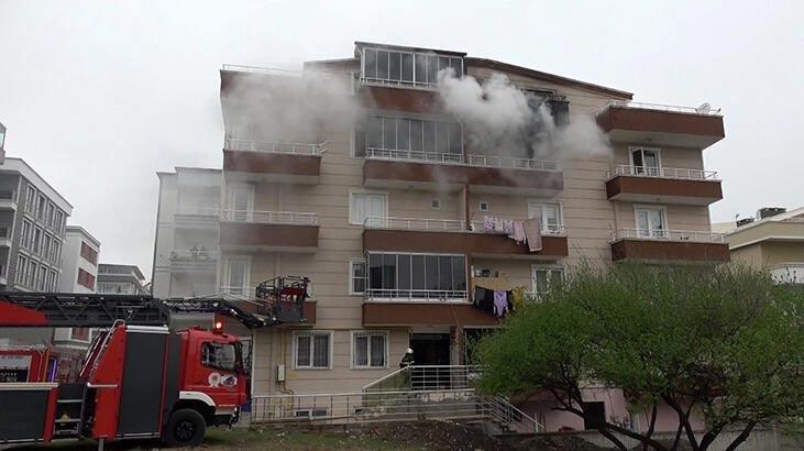 Samsun'da 5 katlı apartmanda yangın!