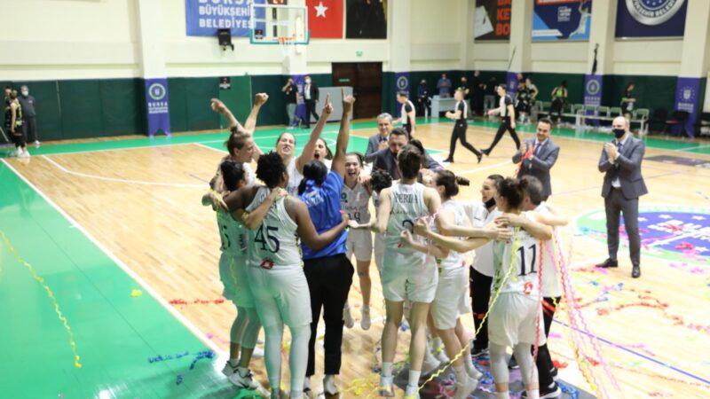 Bursa takımı Süper Lig'e yükseldi!