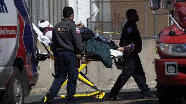 ABD'de Kovid-19 salgınında ölenlerin sayısı 567 bin 736'ya yükseldi