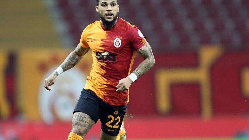 Galatasaray'a Yedlin'den kötü haber