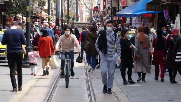 Vaka sayılarındaki artış 2 katına yaklaştı ama… Bursa'da tedirgin eden kalabalık