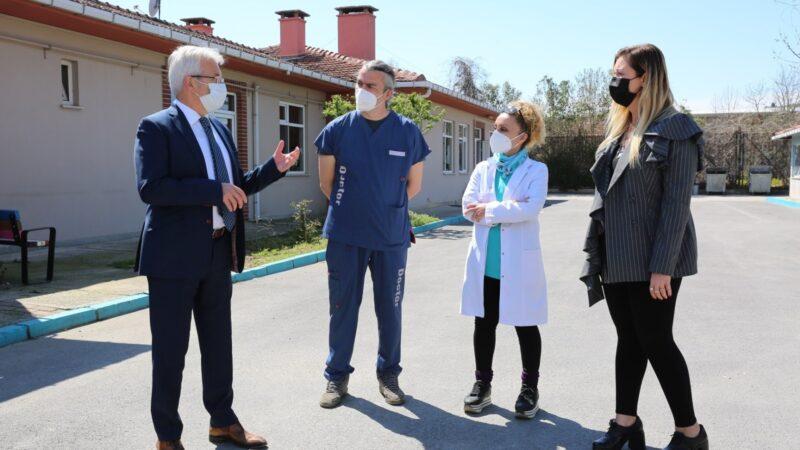 Başkan Erdem veteriner hekimlerin gününü kutladı