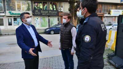 Başkan Yılmaz'dan görev başındaki polislere sürpriz ziyaret