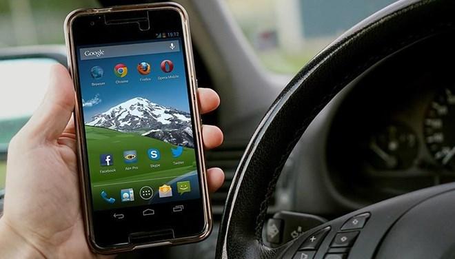 2 bin 901 kişiye cep telefonu cezası!