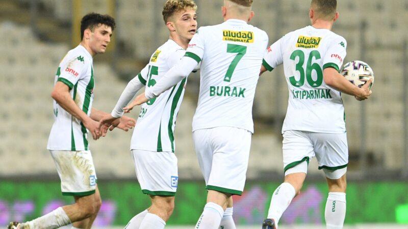 Bursaspor'un yüzü 90+4'te güldü!