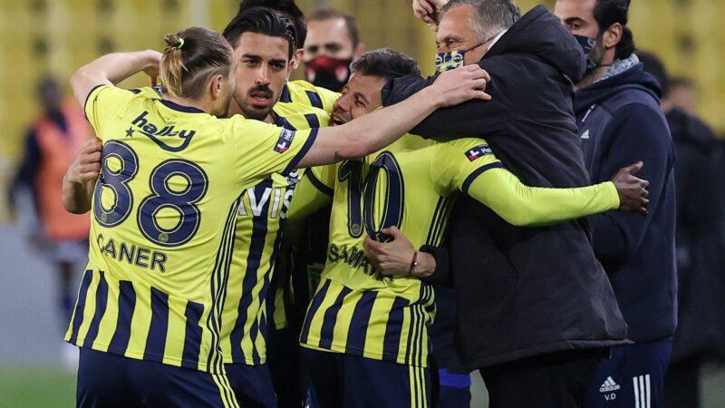 Fener kazandı Süper Lig'de zirve karıştı!