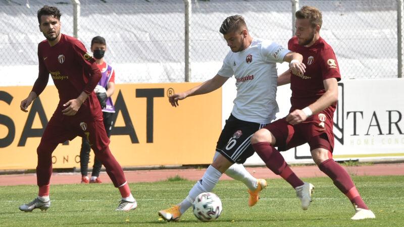 2.Lig'deki Bursa ekibi büyük fırsatı kaçırdı!