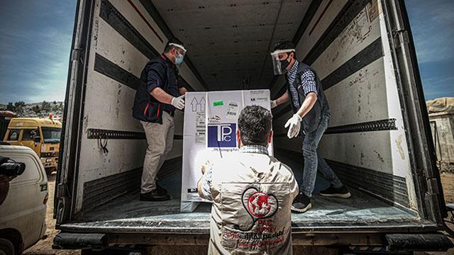 DSÖ'nün gönderdiği aşılar İdlib'e ulaştı