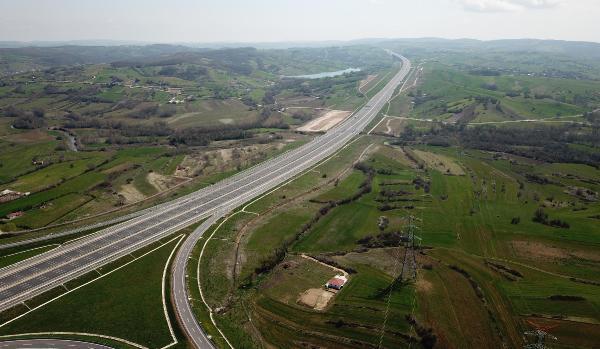 Bu iki ilçeden arazi alanlar yaşadı! Otoyol açıldı, fiyatlar yüzde 25 arttı