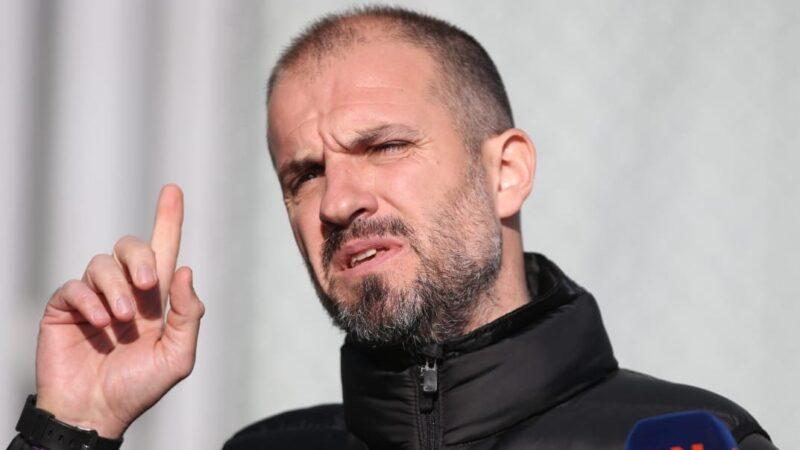 Mustafa Er Bursaspor'dan ayrılıyor mu?