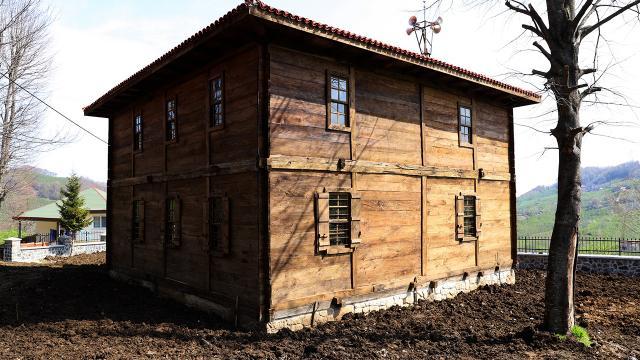 Selde hasar gören 154 yıllık cami restore edildi