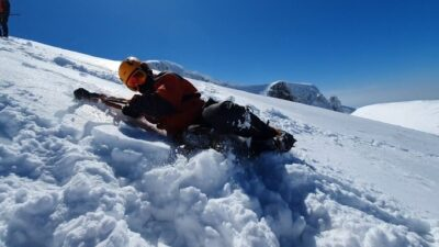Uludağ'da nefes kesen dakikalar! 2 bin 380 metrede…
