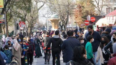 Bursa'da korkutan kalabalık!
