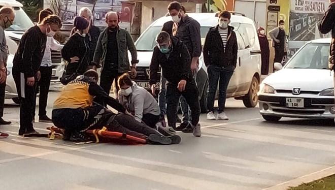 Otomobilin önüne atlayan kişi, 'Ben daha ölmedim mi?' diyerek başka otomobilin önüne atladı