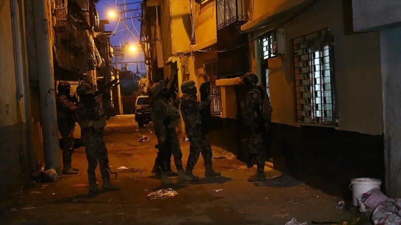 Adana'da DEAŞ operasyonu: 7 gözaltı