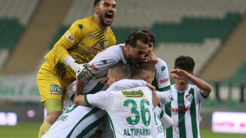 Bursaspor ligin en kritik maçına çıkıyor!