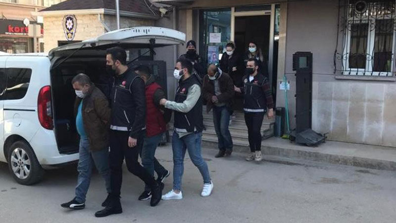 Bursa'da uyuşturucu satıcıları kıskıvrak yakalandı