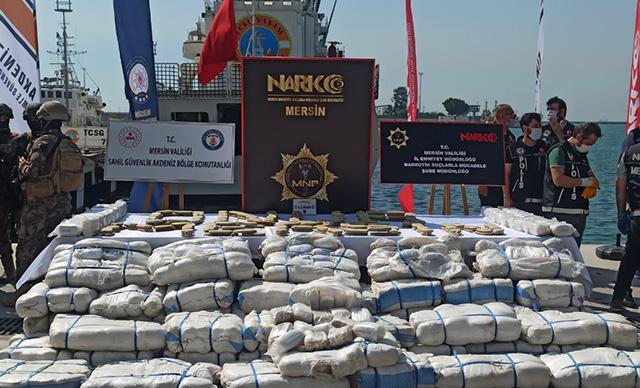Suriye açıklarında ele geçirilmişti! 1.5 ton esrar Mersin'e getirildi