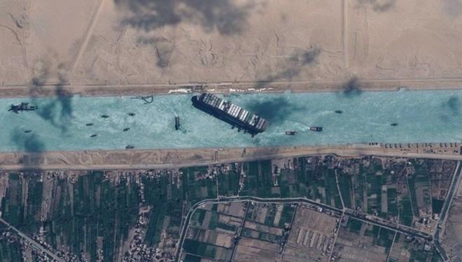 Mısır'dan Süveyş Kanalı kararı