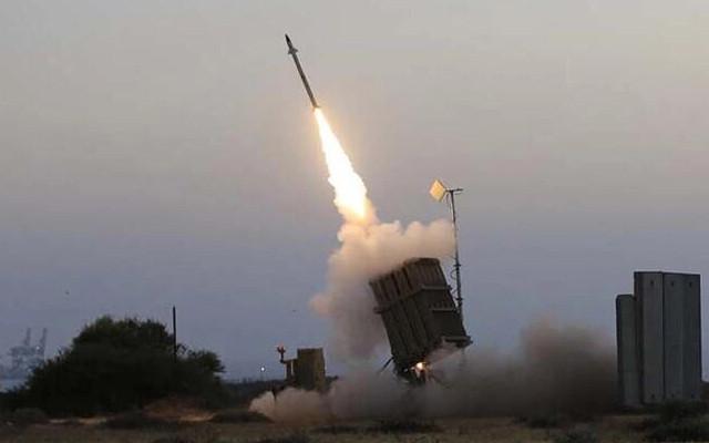 İsrail ordusu: Suriye'den İsrail tarafına 3 roket atıldı!