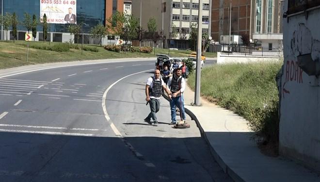 Polis alarma geçti! Sokak ortasında çatışma