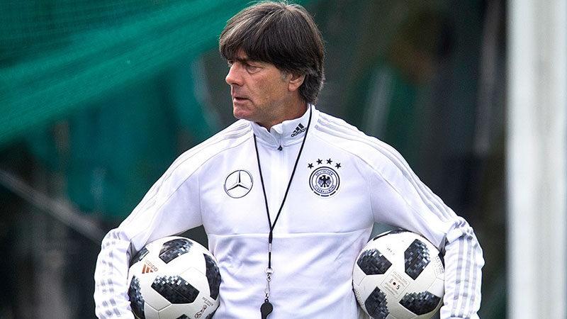 Joachim Löw kararını verdi!