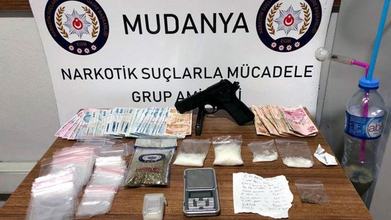 Bursa'da uyuşturucu satıcılarına darbe