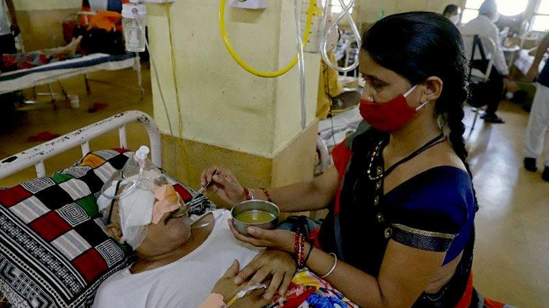 Koronadan sonra yeni salgın! Binlerce hastanın gözü çıkarıldı
