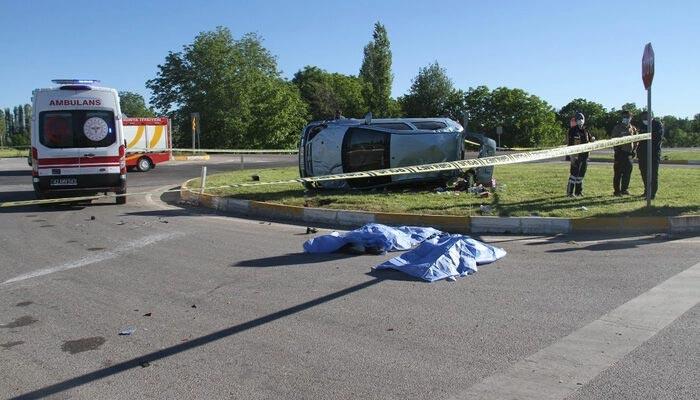 Korkunç kaza! Anne ve kızı feci şekilde can verdi