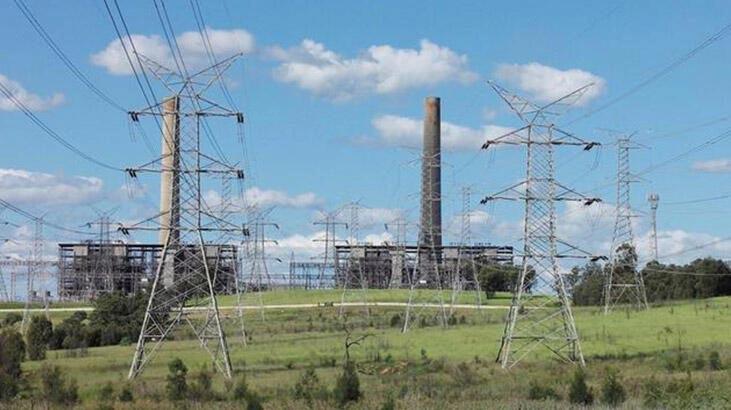 Elektrik santralinde patlama! Binlerce hane elektriksiz kaldı