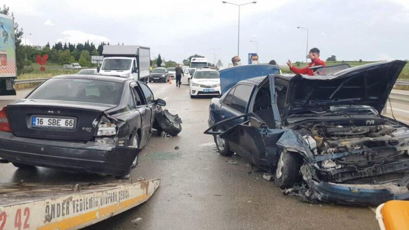 Bursa'da korkunç kaza! Bu araçlardan sağ çıktılar…