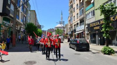 Yıldırım'da 19 Mayıs coşkusu sokaklara taştı