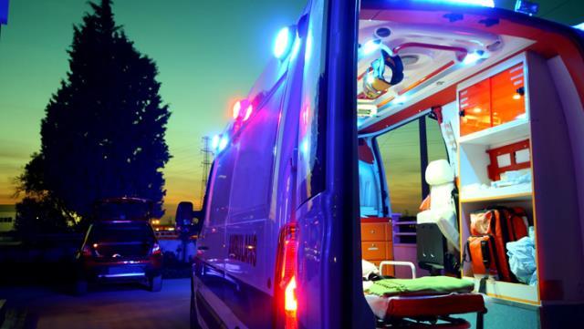 2 yaşındaki çocuk annesini bacağından, babasını ise kafasından vurdu