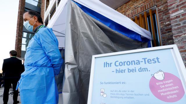 Almanya'da koronavirüs test merkezlerine 'usulsüzlük' soruşturması