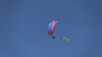 Bayrak açıp Uludağ'dan özgürlük için atladılar