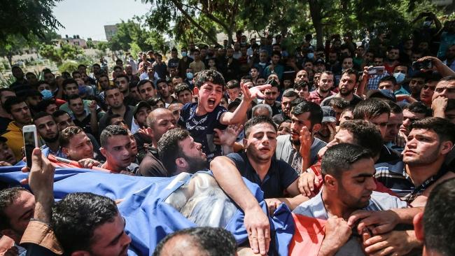 Filistinli çocuğun yürek yakan vedası