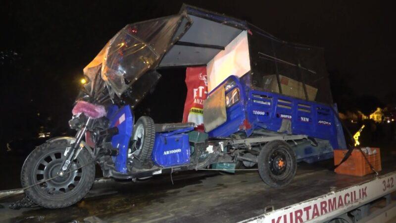 Bursa'da feci kaza! Biri ağır 3 yaralı var…