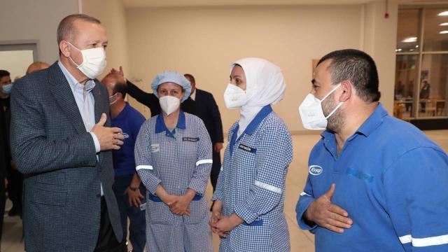 Cumhurbaşkanı Erdoğan, işçilerle iftar yaptı