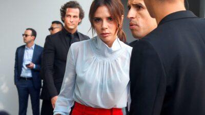 Victoria Beckham'dan pandemi çözümü: Evde kıyafet dene dönemi