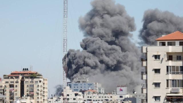 AP muhabiri Gazze ofisi saldırısını anlattı