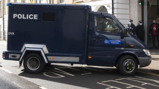 İngiltere'de büyük gaz patlaması: 1'i çocuk 3 kişi hayatını kaybetti