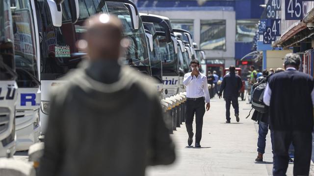 İstanbul'da otobüs seferleri azaldı