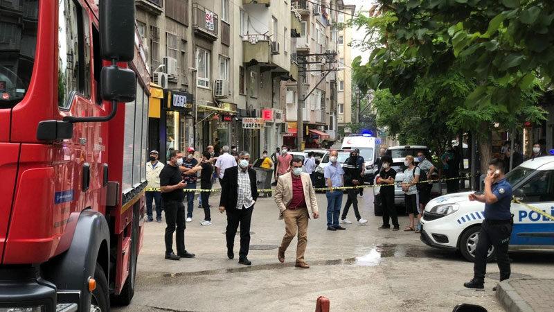 Bursa'da yangına müdahaleye giden itfaiye erlerine tehdit