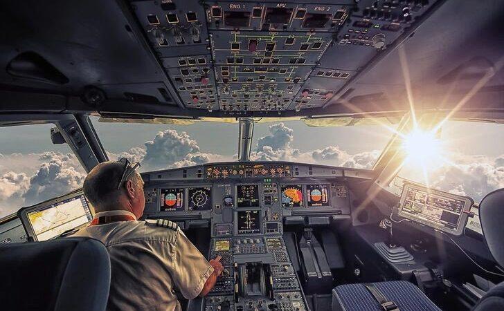 İşten çıkarılan pilotlara servet değerinde tazminat