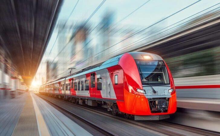 Facia! İki tren çarpıştı: 213 yaralı