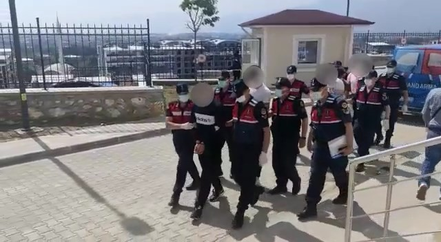 Bursa'da suçüstü yakalandılar! 5 tutuklama