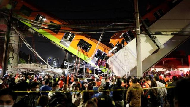 Üst geçit çöktü, metro araçların üzerine düştü! 20 kişi öldü, 49 kişi yaralandı