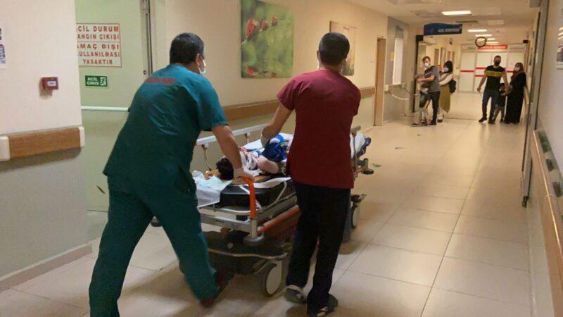 Bursa'da feci olay! Anne ve oğlu metrelerce sürüklendi