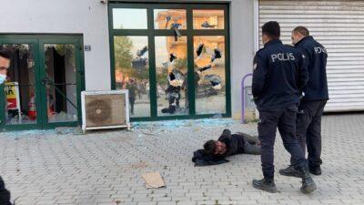 Bursa'da pazaryerinin camlarını kıran saldırgan etkisiz hale getirildi
