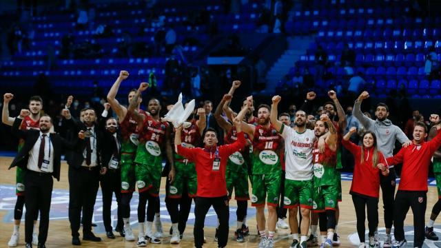 Pınar Karşıyaka finale yükseldi